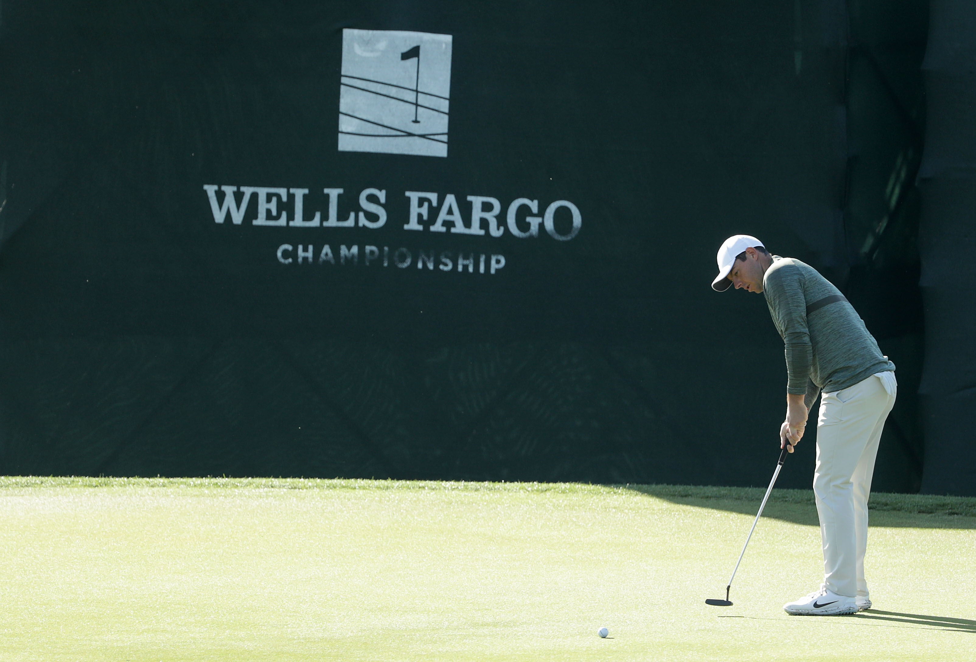 Day hits spectacular shot en route to victory at Quail Hollow