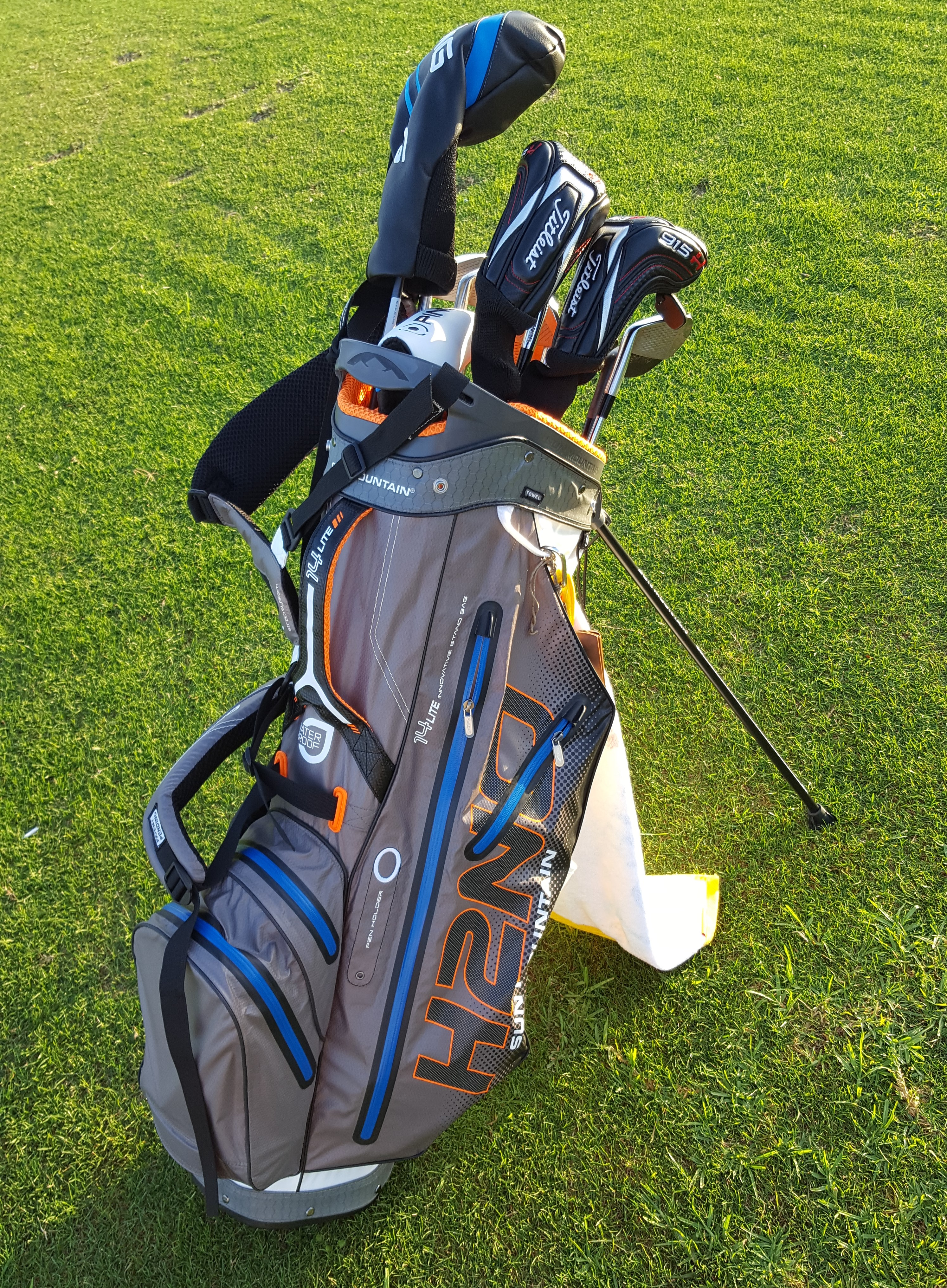 Sun Mountain H2no Lite 14 Way Golf Bag Review