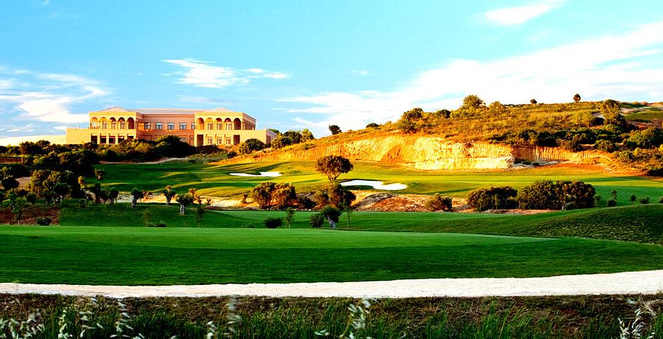 Oceanico Amendoiera courses and clubhouse in the Algarve