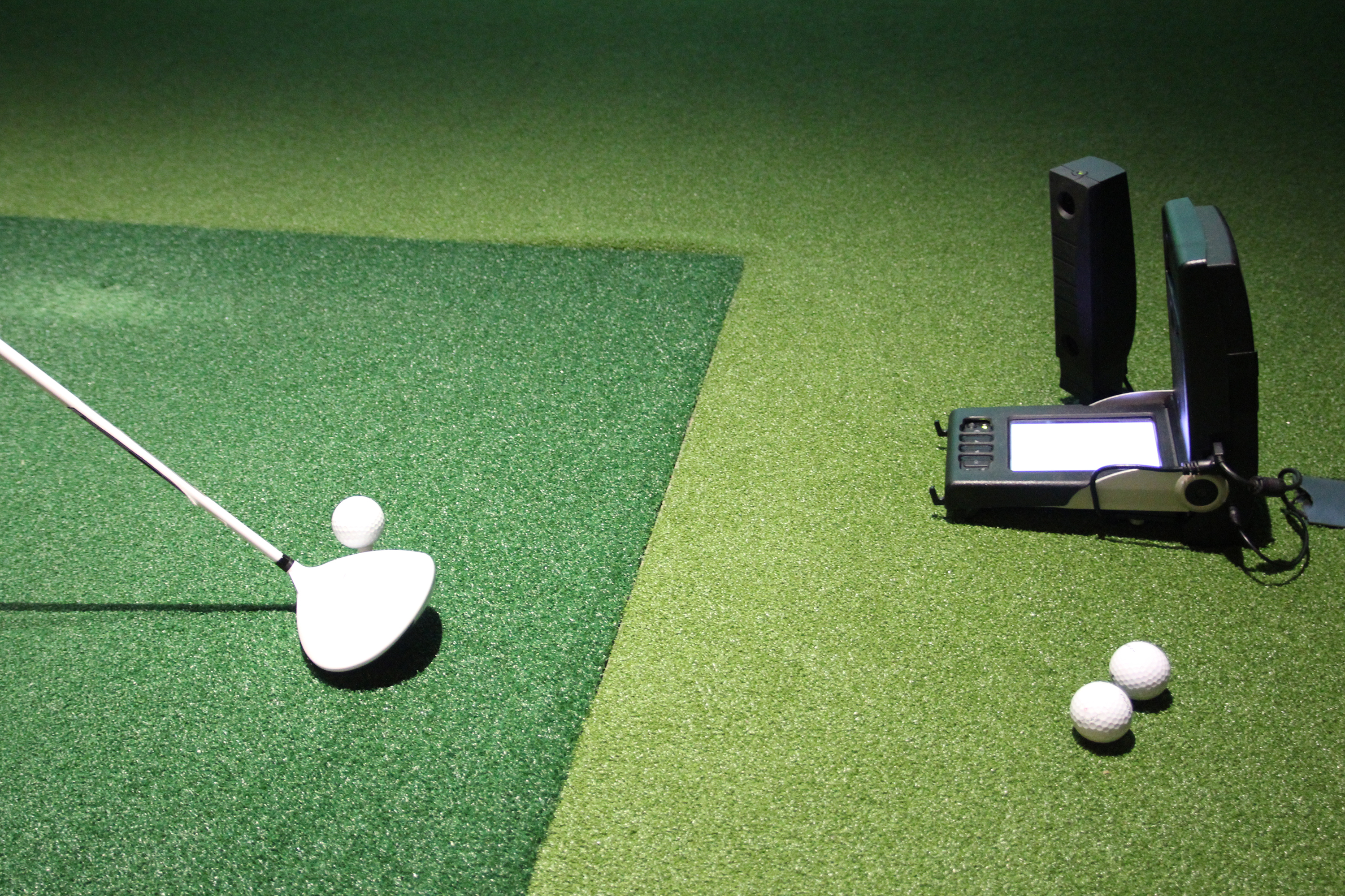 GolfMagic used Foresight Sports GC2 with HMT to conduct the test