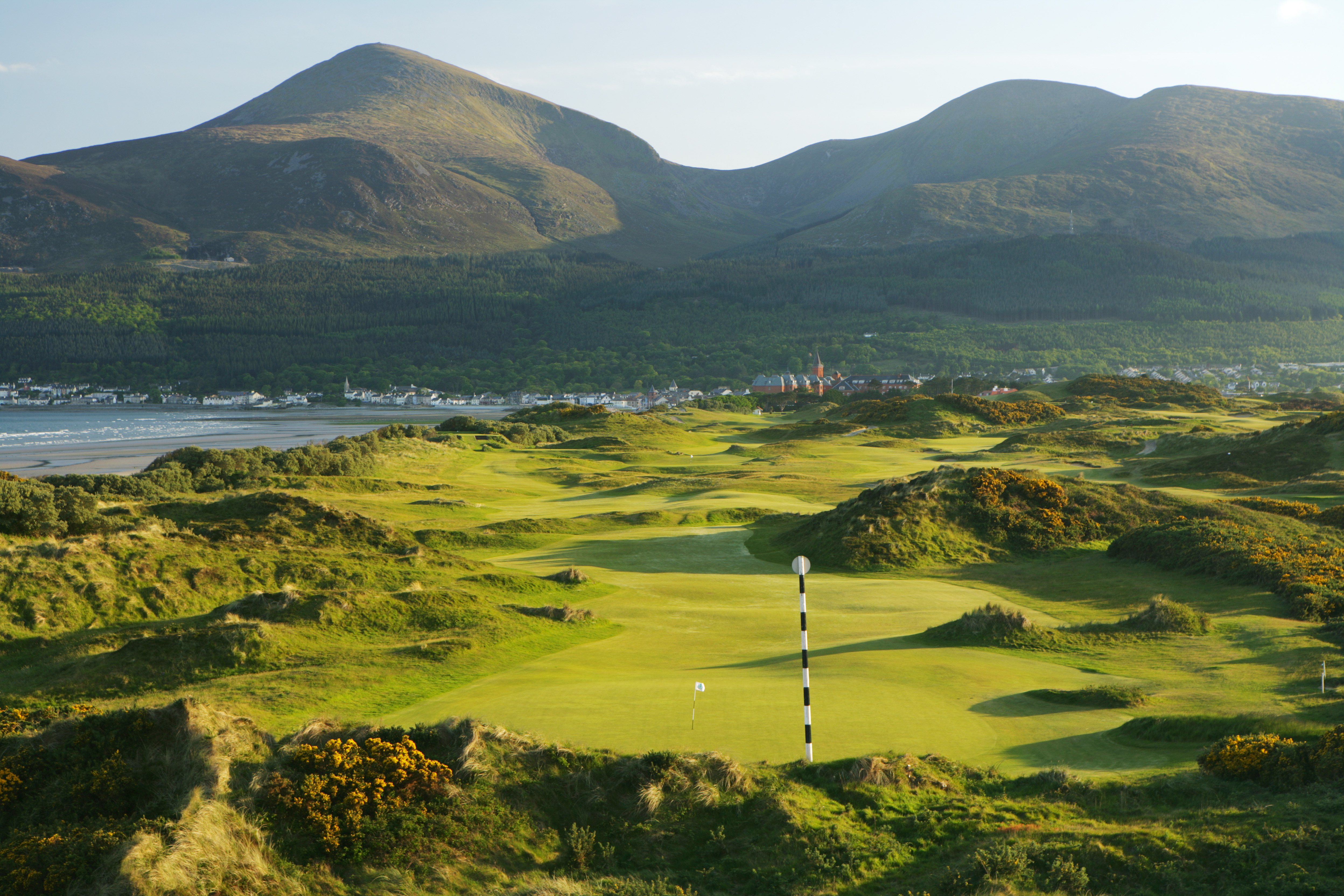 Royal County Down Offers Everything De Golfmagic