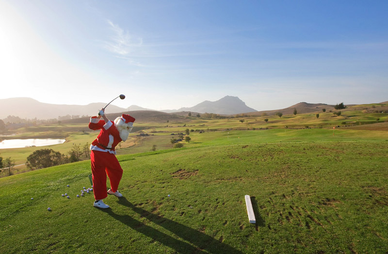 6 of the best, okay maybe ugliest, golf christmas jumpers