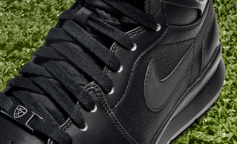 3d34c2f5683 Quite possibly the most suited new Nike golf shoe for the avid sneakehead out  there. It also comes with a one-year waterproof warranty.