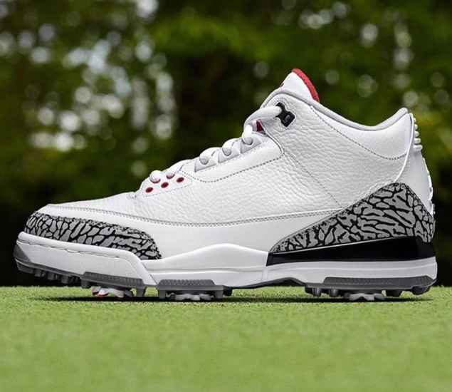 Best golf shoes for younger players