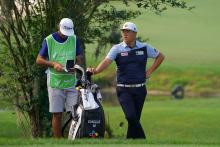 Golf caddies UNSURE about rangefinders at US PGA Championship