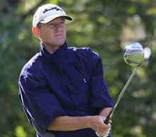 Golf tip: Use clubhead toe for delicate chips