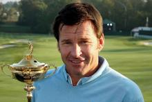 Learn from Sir Nick Faldo: Chipping