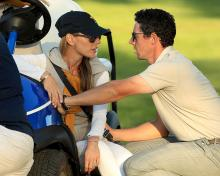 rory mcilroy turns back on wife