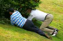 how to play golf with a very bad golfer, and still enjoy your round