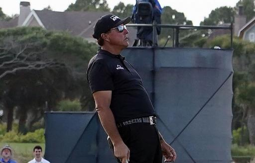 Phil Mickelson EXTREMELY DISAPPOINTED with PGA Tour for new driver length rule