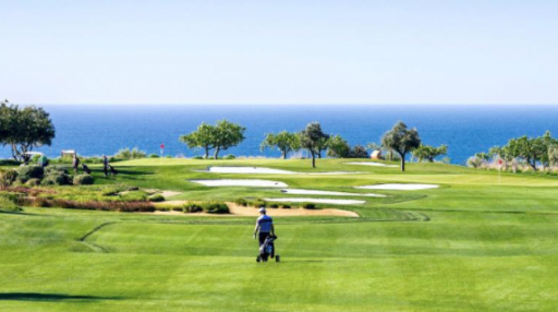 """""""Golf Clubs Are On Us"""": Algarve shoulders the burden of travel costs"""