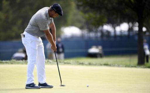 Golf fans react as Gary Evans CRITICISES authorities over putter anchoring