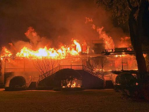 Davis Love III lucky to be alive after house fire