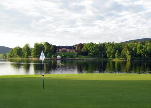 Why is golf shutdown in England but allowed to carry on in Scotland?