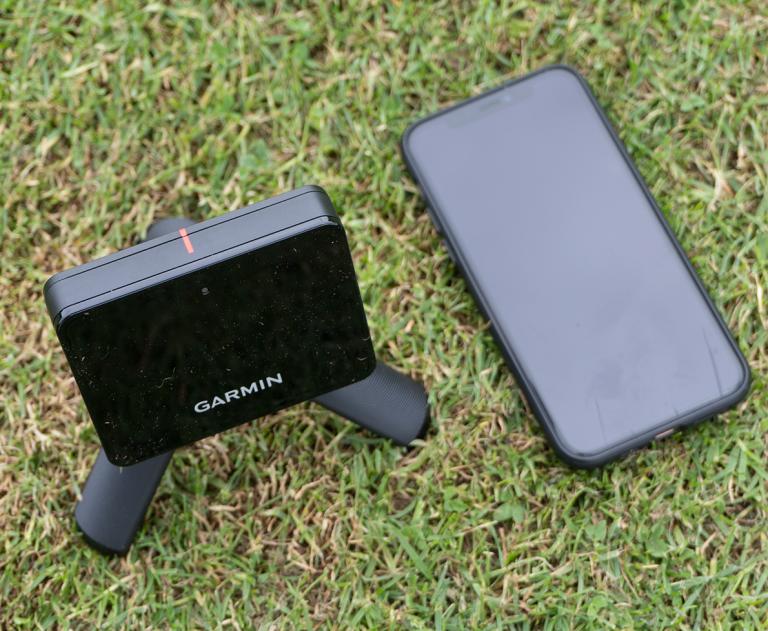 Garmin Approach R10 Portable Launch Monitor Review!