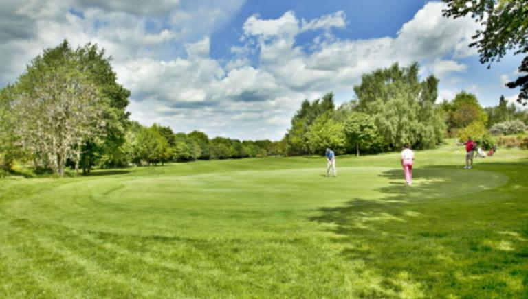 Nottingham golf club applies to stay OPEN until 2.30am